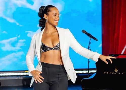 Alicia Keys and family show love to Focalisitc